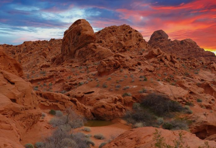 USA road trip valley of fire state park nevada