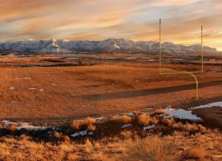 When you are trying to photograph huge landscapes they always look better when displayed as panoramas. Here is our collection of 46 of the best examples from a Southwest USA road trip.